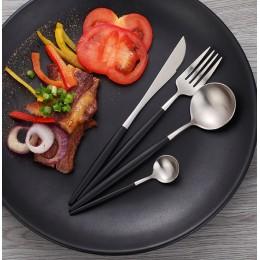 Набор столовых приборов в футляре, 2 ложки, вилка, нож, серебро и черный